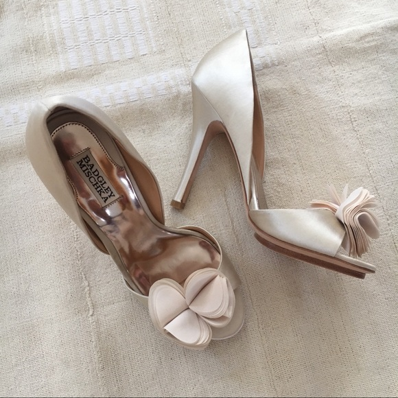 6a067f1c35ad Badgley Mischka Shoes - Badgley Mischka Randall champagne satin heels 9